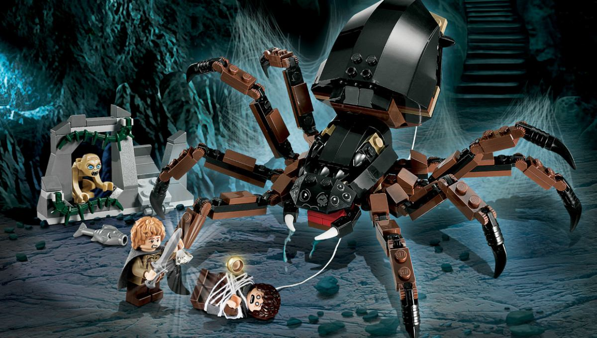 Lego Shelob attacking Sam and Frodo