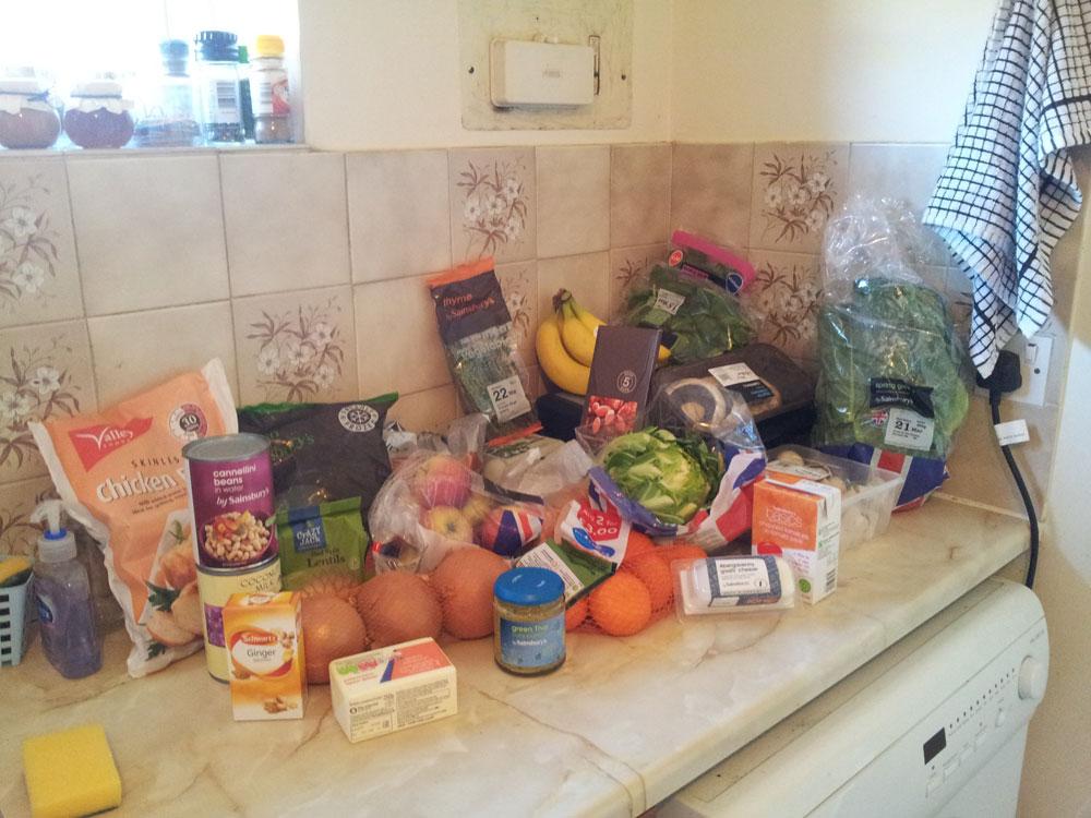 Food shop: 9 servings of fruit & vegetables a day